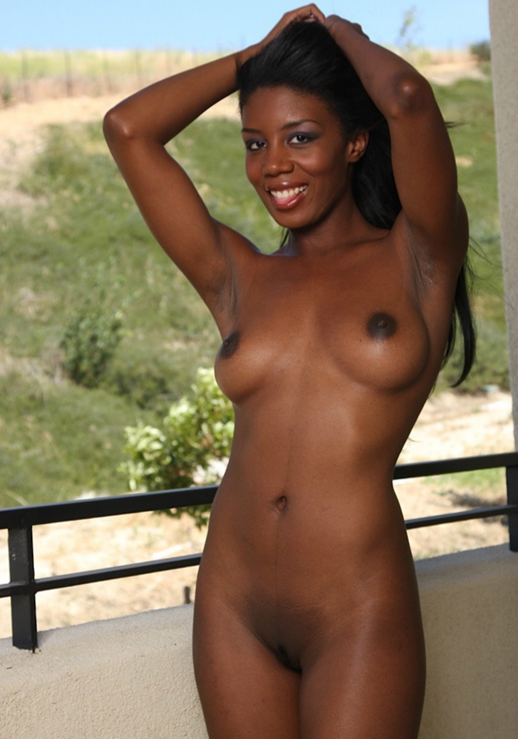 Beautiful african american girl nude