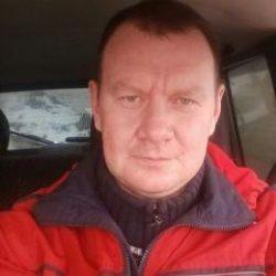 Парень из Новокузнецка, ищу девушку для секса, с местом