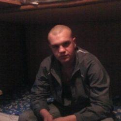 Парень ищет девушку в Новокузнецке